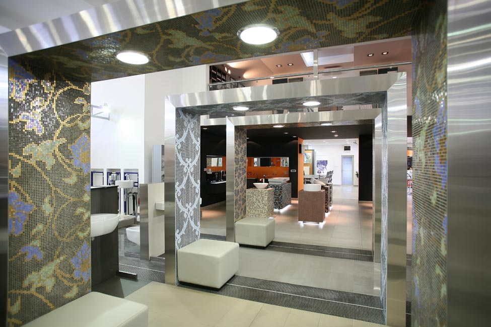 Retail store interior desigers showroom interiors for Interior design online shopping india