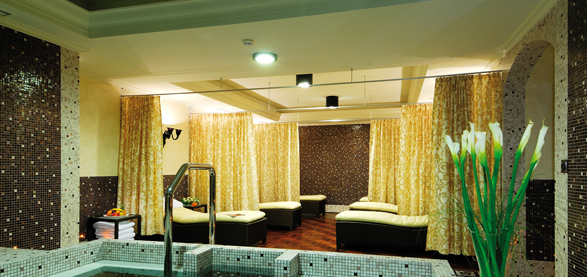 luxury spa saloon interior designers in delhi noida gurgaon india